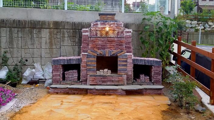 전원주택에 예쁜 야외벽난로 만들기