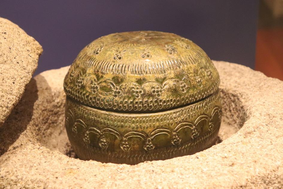 녹유골호(국보 제125호)-국립중앙박물관