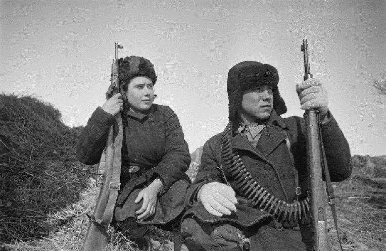 소련 빨치산 여성 마리야 옐닉- Soviet female partisan Mariya Yelnik
