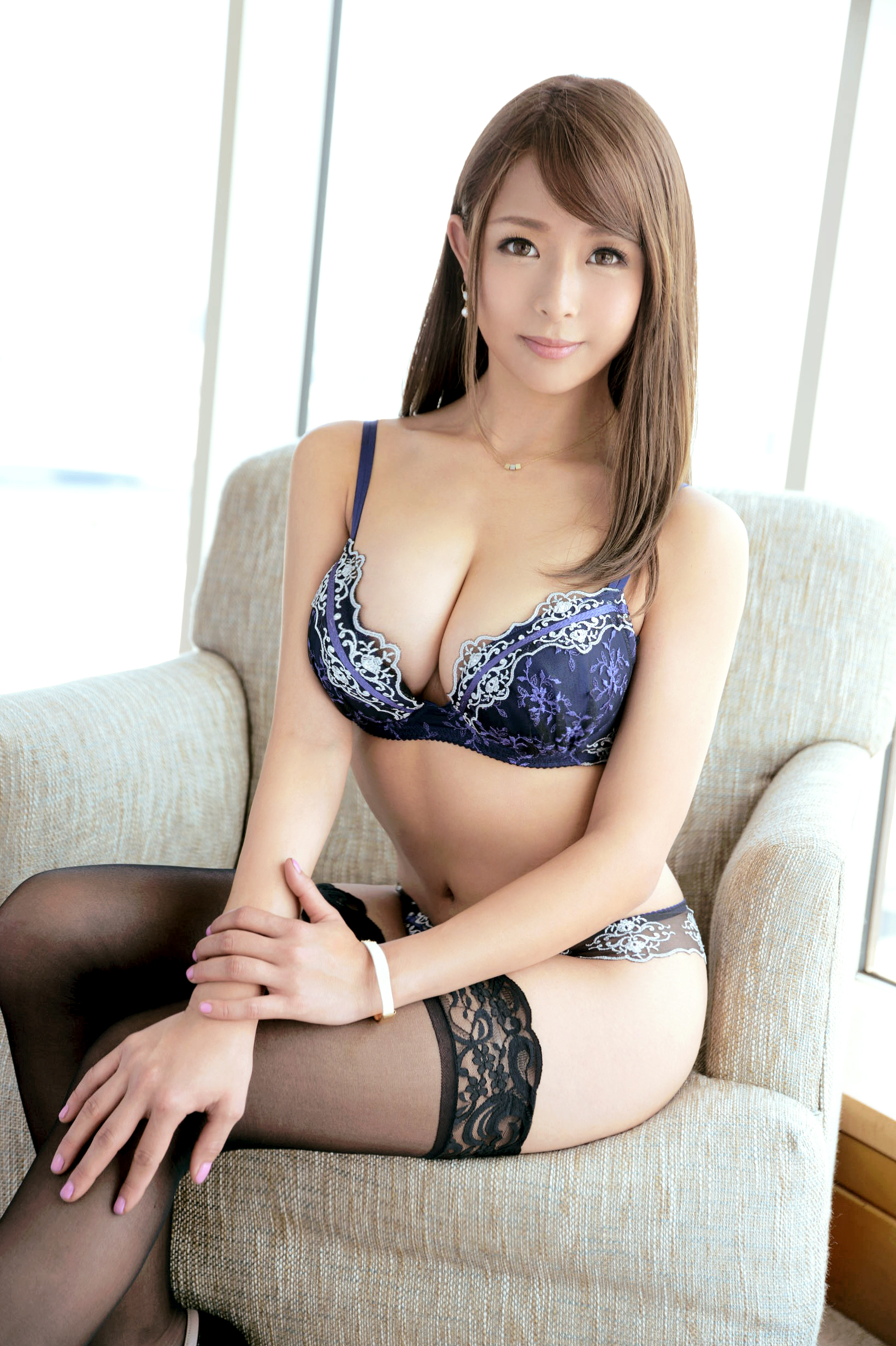 hot lingerie Asian glamour